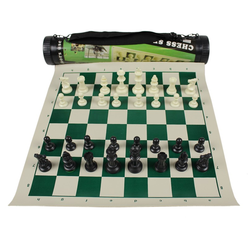 CHESSBOARD IN ROLE WITH ELASTIC SET WITH PIECES